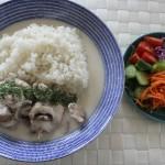 鶏のクリーム煮とJohnstonsでシンプルコーデ。