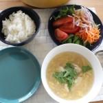 牛肉と長ネギの蒸し煮で昼食とJohnstonsとハバーサックコートで冷えとりコーデ。