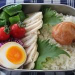 鶏ハム弁当とギャルソン丸襟ブラウスで冷えとりコーデ。